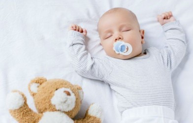 En Zor Dönemi Bile Sıkıntısız Atlatın Bebeği Anne Sütünden Kesme Yöntemleri