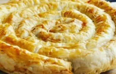 Pirasali Çarşaf Böreği Tarifi