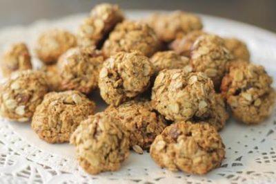 sekersiz-yulafli-kurabiye-tarifi