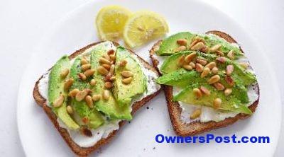 avokadolu-kizarmis-ekmek-tarifi