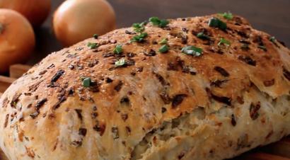 Karamelize Soğanlı Ekmek Tarifi
