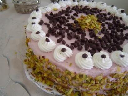 Başmakçı Usulü Tatlı Yaş Pasta Tarifi