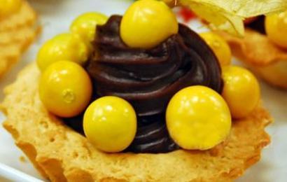 Mali home-style Recipes Altın Çilekli Tart Tarifi
